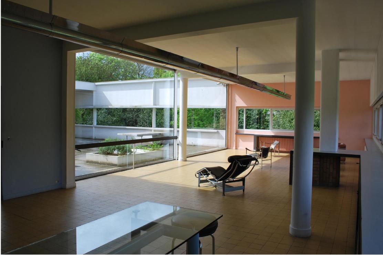 Le corbusier villa savoye interior - Le Corbusier Poissy Living In The Middle